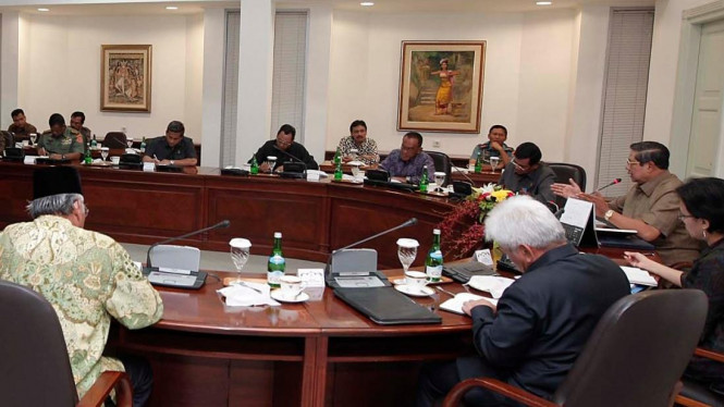 Presiden Yudhoyono pimpin rapat terbatas soal DPT