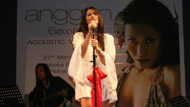 Diva Indonesia Anggun C Sasmi bernyanyi di Kuala Lumpur