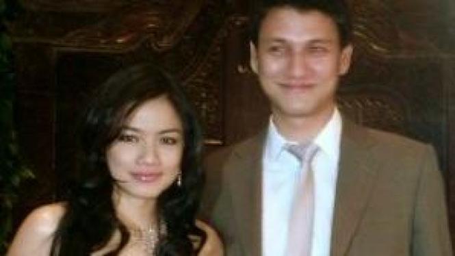 Titi Kamal & Christian Sugiono