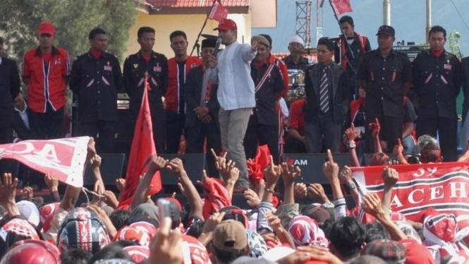 Mantan Panglima GAM, Sofyan Daud, berkampanye untuk Partai Aceh