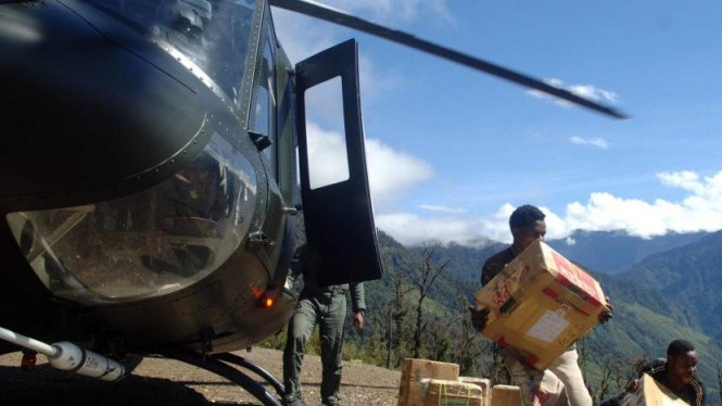 Helikopter TNI AD.