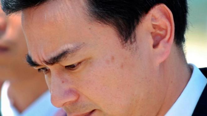 Perdana Menteri Thailand, Abhisit Vejjajiva