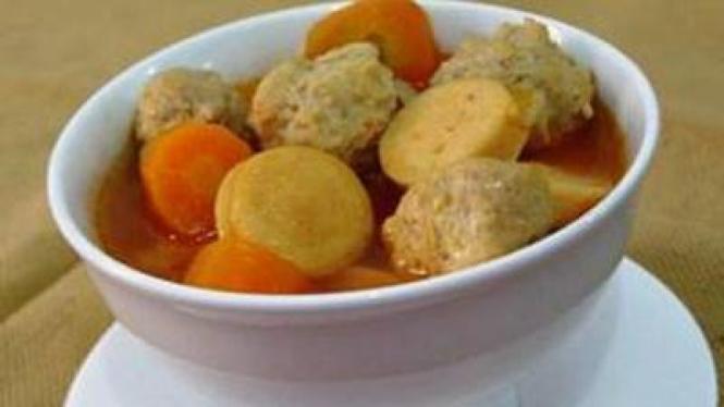 Sup Tomat Bola Ayam