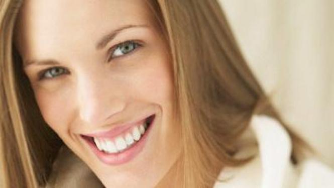 Gigi  putih dan sehat