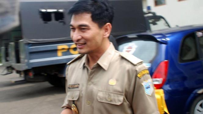 Bupati Pandeglang Dimyati Natanegara tiba di Kejaksaan Tinggi Banten