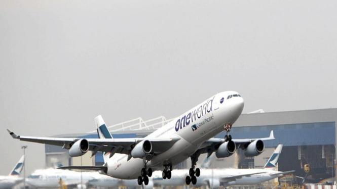 Pesawat Airbus A340-300 milik Cathay Pacific