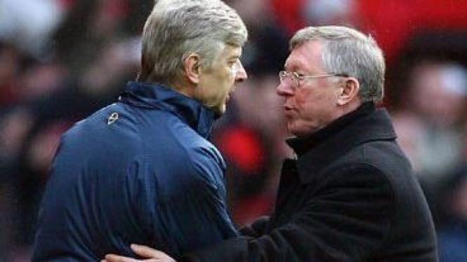 Arsene Wenger (kiri) & Sir Alex Ferguson