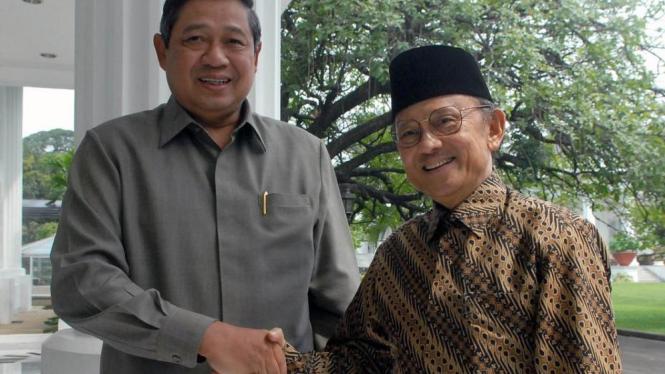Presiden Susilo Bambang Yudhoyono & bekas Presiden BJ Habibie