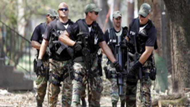 Tim SWAT dari FBI