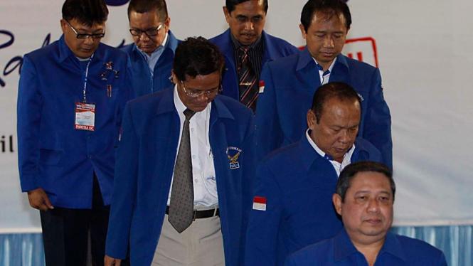 Yudhoyono dan sejumlah Pengurus Pusat di Rapimnas Demokrat