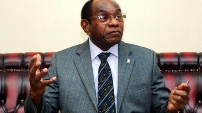 Menteri Perhubungan, Freddy Numberi