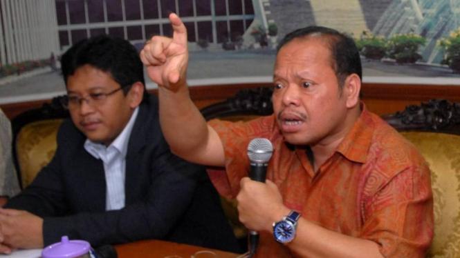 Politisi Demokrat Sutan Bhatoegana & politisi PDIP Hasto Kristiyanto