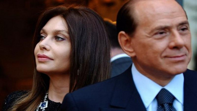 PM Italia, Silvio Berlusconi, dan istrinya, Veronica Lario