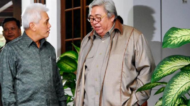 Hatta Rajasa bersama Taufiq Kiemas