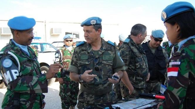 Kunjungan Komandan Sektor Timur Unifil ke Markas POM TNI
