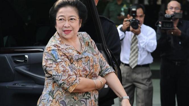 Megawati Tes Kesehatan