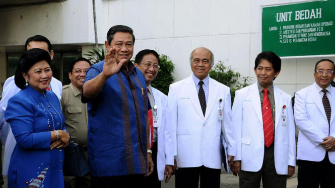 SBY Dan Boediono Tes Kesehatan