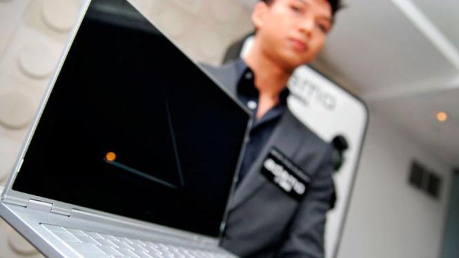 Laptop Paling Tipis