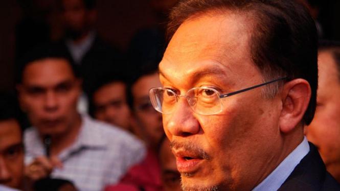 Jusuf Kalla Bertemu Anwar Ibrahim