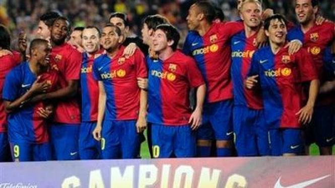 Barcelona merayakan kemenangan