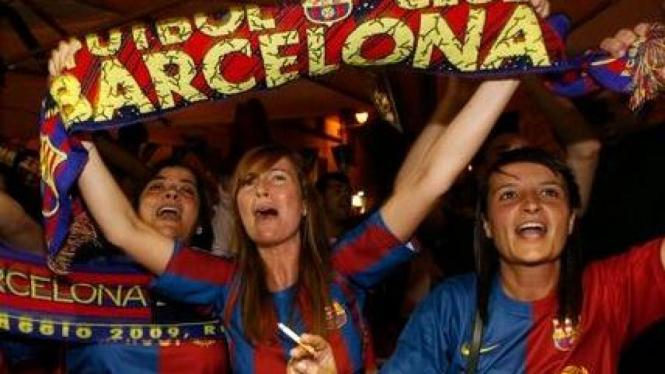 Fans wanita Barcelona