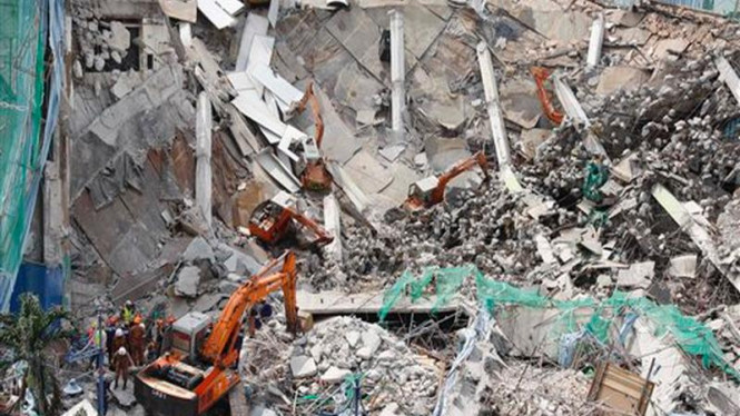 Reruntuhan bangunan di Petaling Jaya, Kuala Lumpur, Malaysia