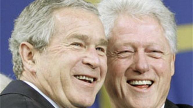 George W. Bush dan Bill Clinton