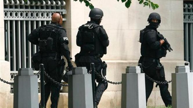Polisi AS bersiaga di lokasi penembakan di Washington DC
