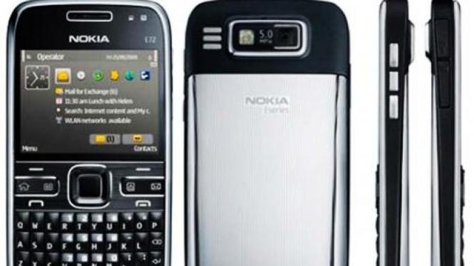 E72, ponsel penerus Nokia E71