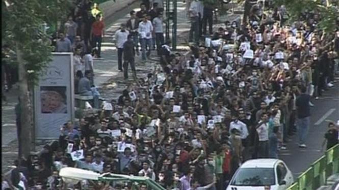 Demonstrasi pendukung kubu oposisi di Teheran, Iran