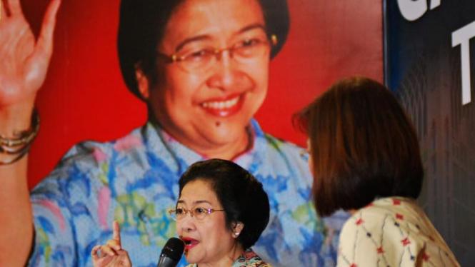 Capres Turun ke Pasar : Megawati Soekarnoputri