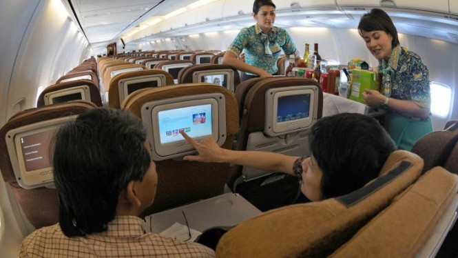 Fasilitas multimedia di Boeing 737-800 NG milik maskapai Garuda