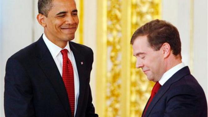 Barack Obama dan Presiden Rusia, Dmitry Medvedev