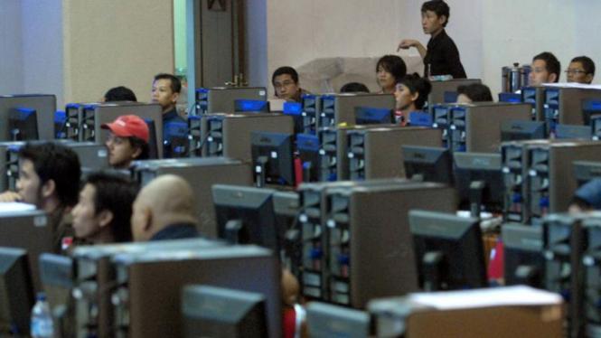 Persiapan Pemilu: Komputer di KPU