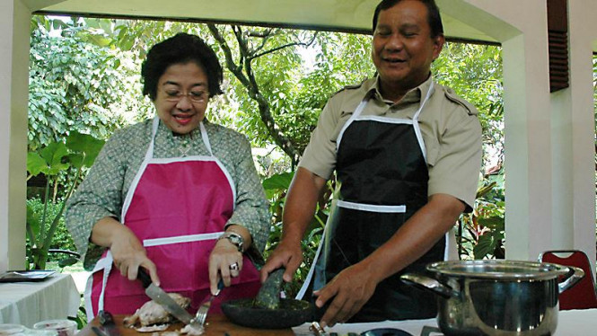 Mega dan Prabowo Masak