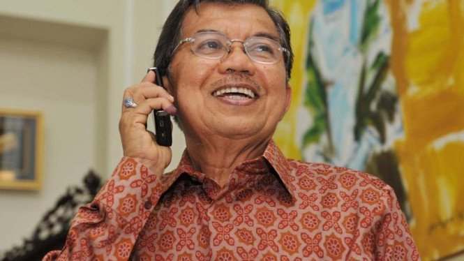Ekspresi Jusuf Kalla saat telepon SBY ucapkan selamat