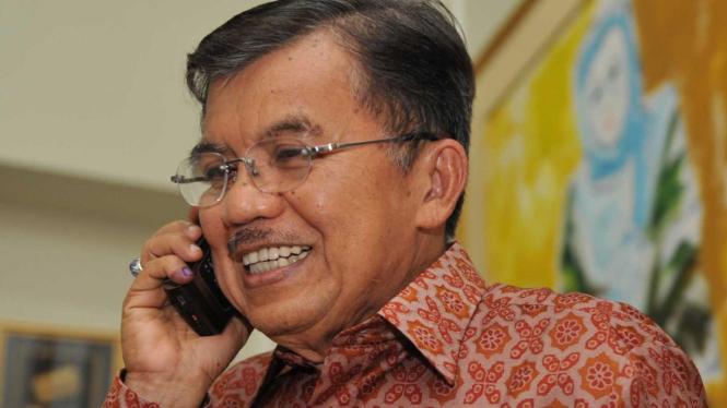 Jusuf Kalla (JK) telepon Susilo Bambang Yudhoyono (SBY)
