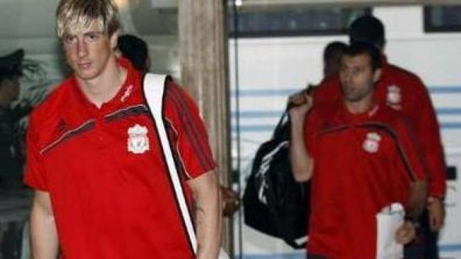 Fernando Torres (kiri)