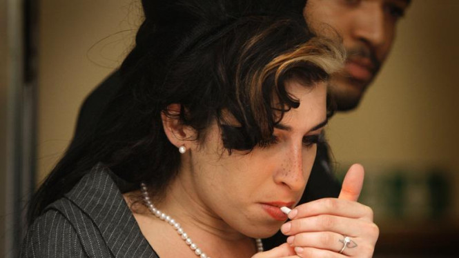 Amy Winehouse ke Pengadilan