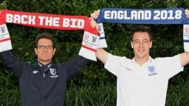 Fabio Capello (kiri) dan John Terry