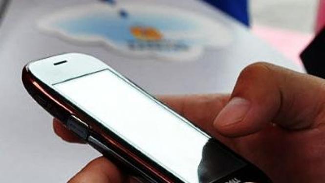 Dell Mini 3i, ponsel besutan Dell