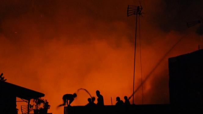 Kebakaran di Mangga Besar Hanguskan Ratusan Rumah