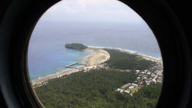 Ilustrasi/Pulau paling utara, Pulau Miangas, Talaud, dilihat dari udara