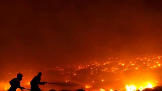 Kebakaran hutan di Athena