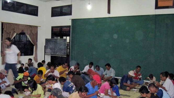 Berbuka Puasa di Gereja Manahan Solo