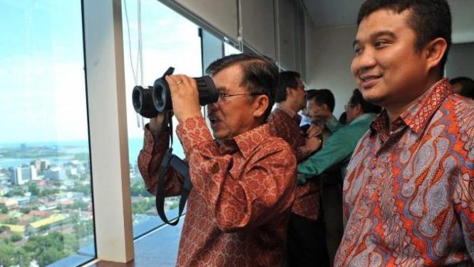 Jusuf Kalla dan Erwin Aksa