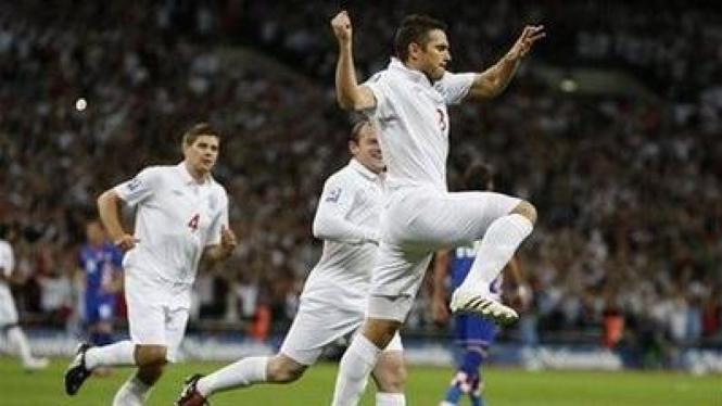 Ki-ka: Steven Gerrard, Wayne Rooney, dan Frank Lampard