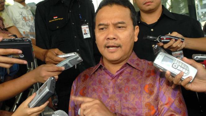 Gubernur Riau, Rusli Zainal, diperiksa KPK