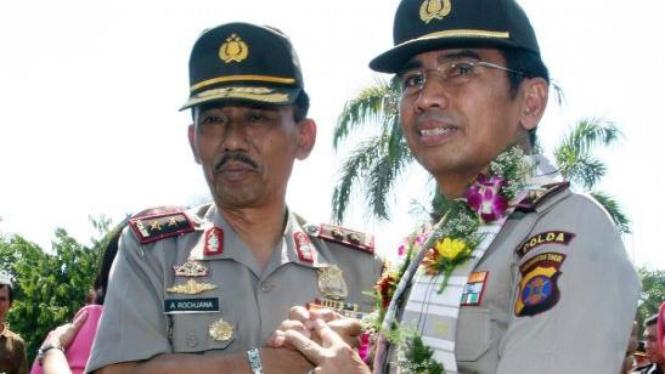 Mathius Salempang & Adang Rochjana Sertijab Kapolda Sulselbar