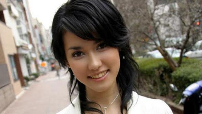 Maria Ozawa alias Miyabi bintang porno Jepang